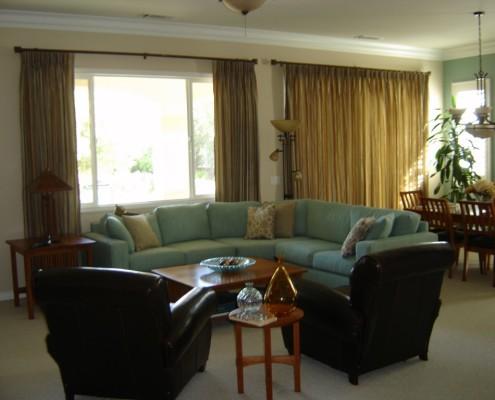 Modern Craftsman living room in Hemet, CA