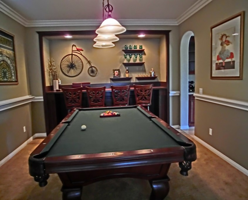 Pool room with Custom bar in Temecula, CA